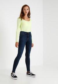 ONLY - ONLPAOLA  - Jeans Skinny Fit - dark blue denim - 1