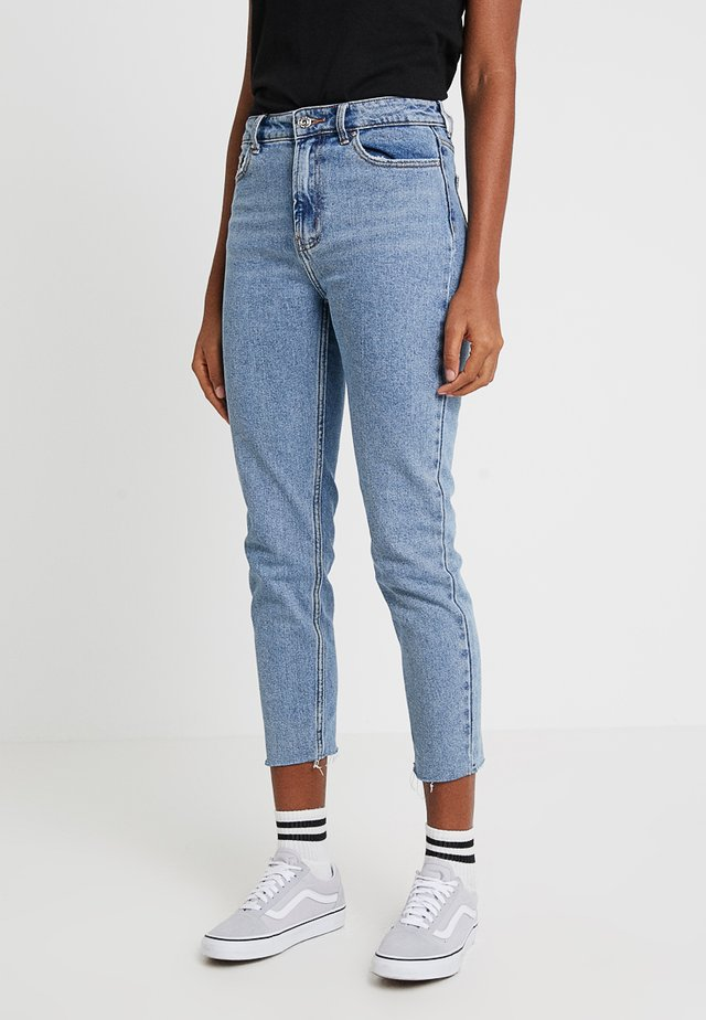ONLEMILY RAW MAE - Straight leg jeans - light blue denim
