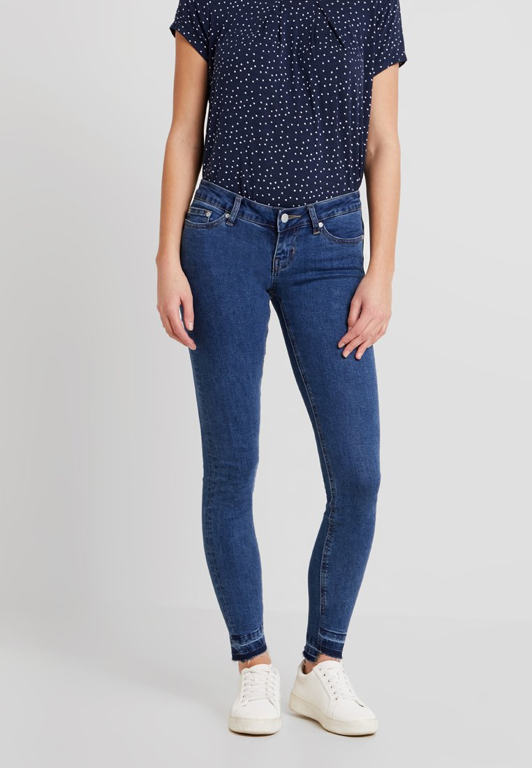 ONLY - ONYWONDER CORAL  HEM ANKLE - Jeans Skinny Fit - medium blue denim