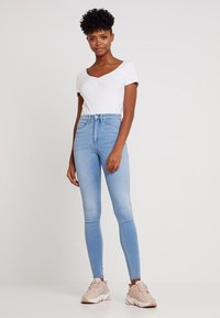 ONLY - ONLROYAL - Jeans Skinny Fit - light blue denim - 1