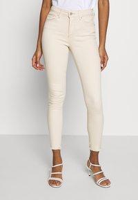 ONLY - ONLBLUSH  - Jeans Skinny Fit - ecru - 0