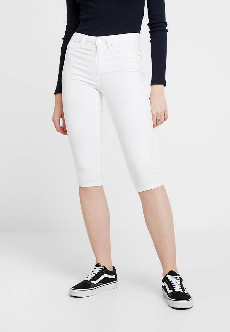 ONLY - ONLROYAL KNICKERS - Shorts - white denim