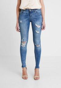 ONLY - ONLCARMEN REG  - Jeans Skinny Fit - light blue denim - 0