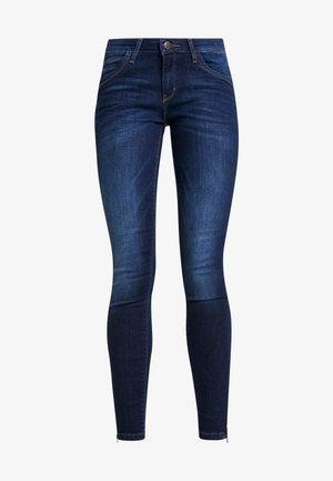 ONLKENDELL REG ANKLE - Skinny džíny - dark blue denim