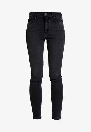 ONYANNE MID ANKLE - Skinny džíny - black denim