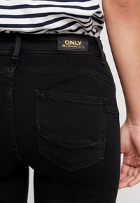 ONLY - ONLPOWER MID PUSH UP - Jeans Skinny Fit - black - 3