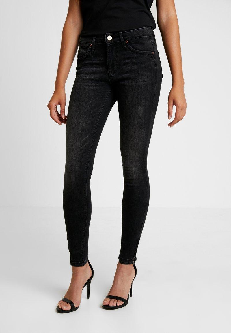 ONLY - ONLKENDELL - Jeans Skinny Fit - black denim