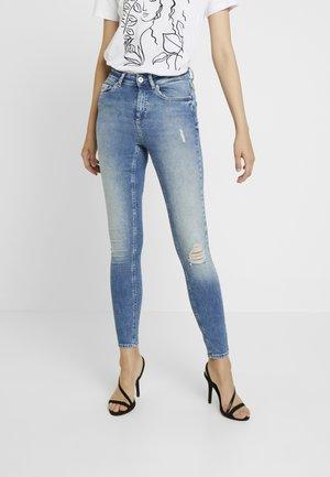 ONLBLUSH ANKLE - Jeans Skinny Fit - light blue denim