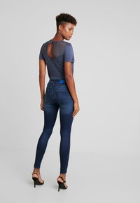 ONLY - ONLBLUSH MID - Jeans Skinny Fit - dark blue denim - 2
