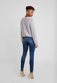 ONLY - ONLCARMEN REG - Jeans Skinny Fit - dark blue denim - 2