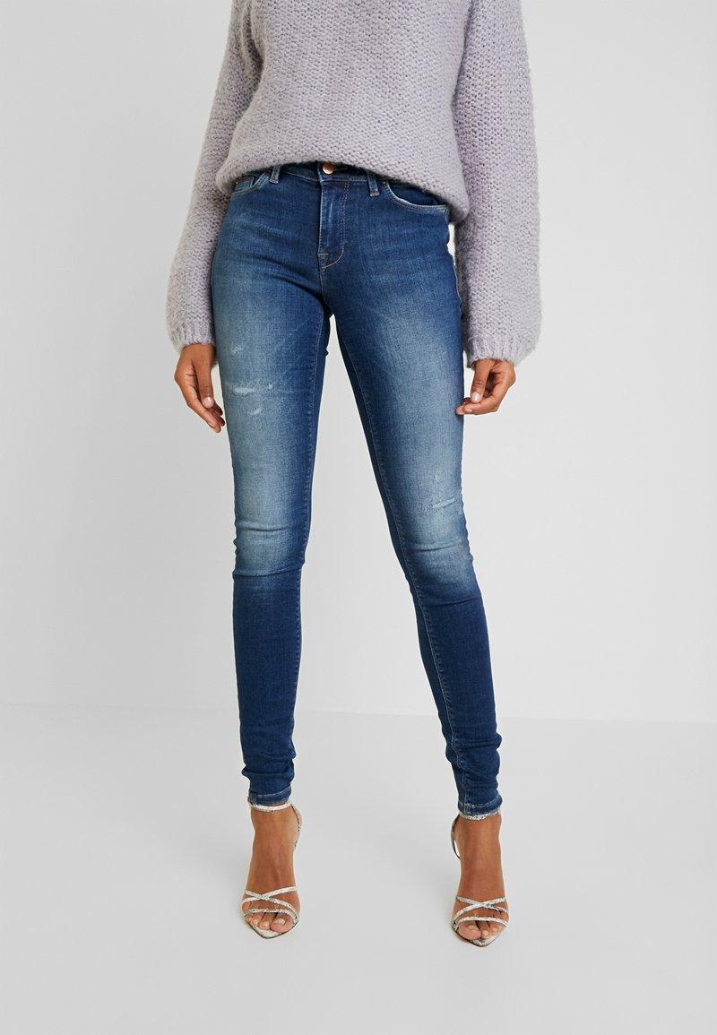 ONLY - ONLCARMEN REG - Jeans Skinny Fit - dark blue denim