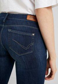 ONLY - ONLCORAL - Jeans Skinny Fit - dark blue denim - 5