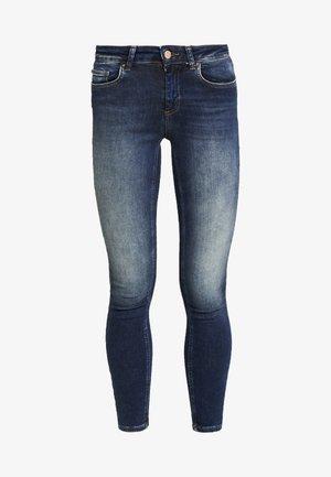 ONLBLUSH - Jeans Skinny Fit - dark blue denim
