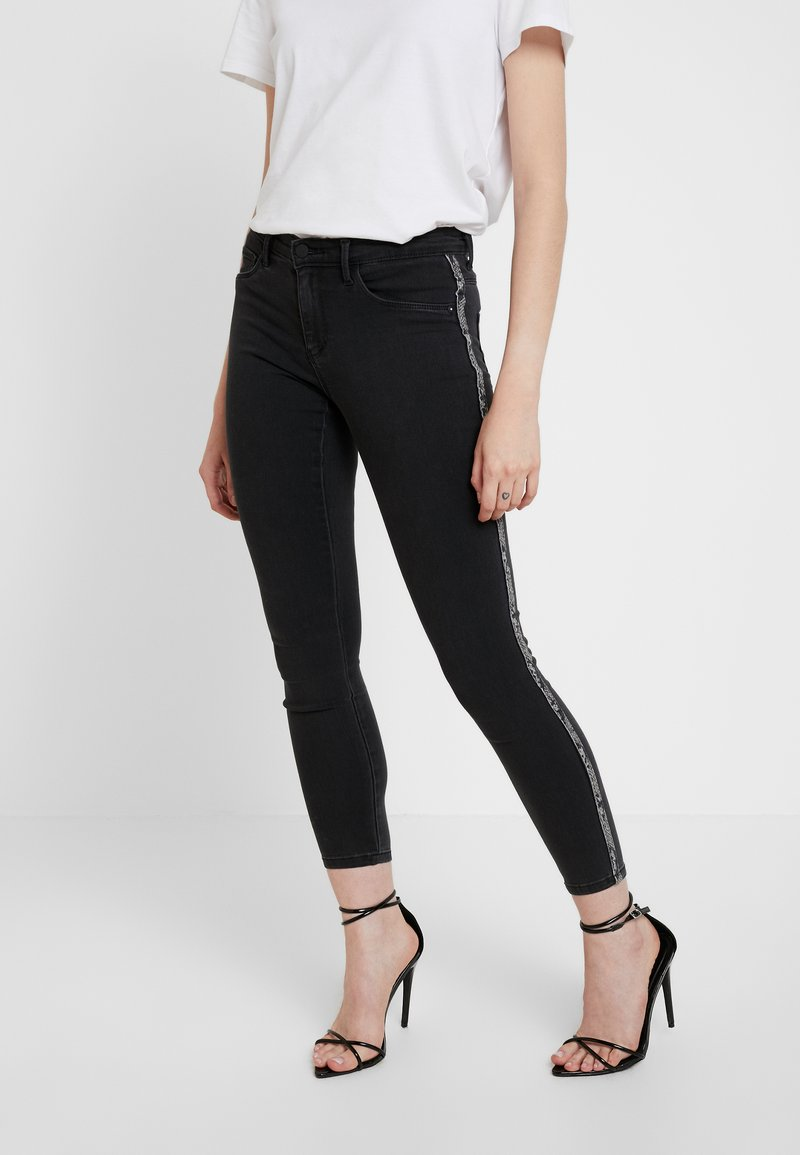 ONLY - ONLRAIN ANIMAL PANEL CRY - Jeans Skinny Fit - grey denim
