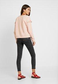 ONLY - ONLBLUSH MID ACID - Jeans Skinny Fit - black denim - 2