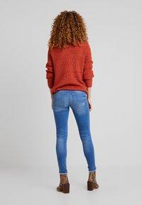ONLY - ONLFHUSH LIFE - Jeans Skinny Fit - dark blue denim - 2