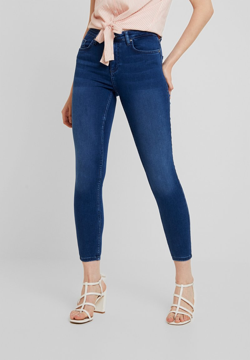 ONLY - ONLDOOLEY MID JEANS - Jeans Skinny - medium blue denim