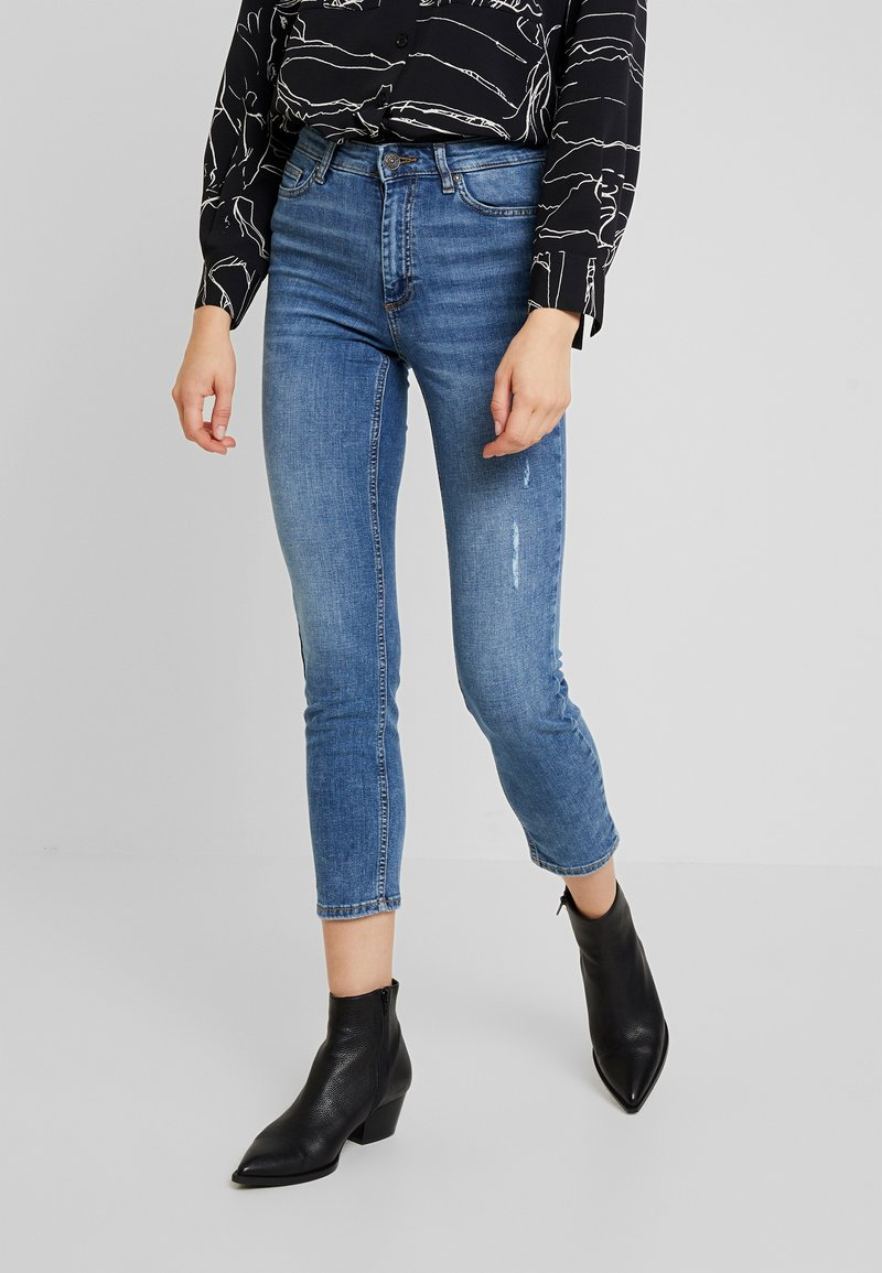 ONLY - ONLSIENNA SLIM ANKLE - Jeans Skinny - medium blue denim