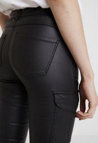 ONLY - ONLROYAL COATED PANT - Skinny džíny - black - 3