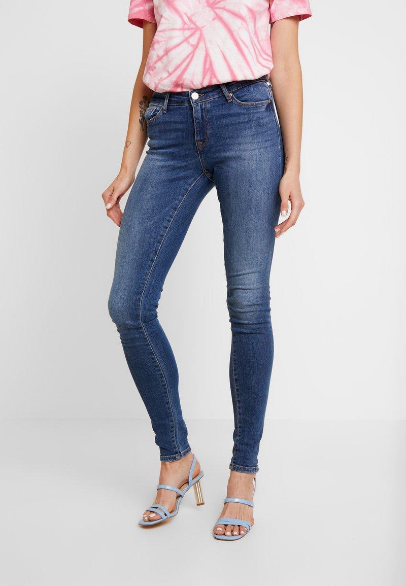 ONLY - ONLSHAPE LIVA - Jeans Skinny Fit - medium blue denim