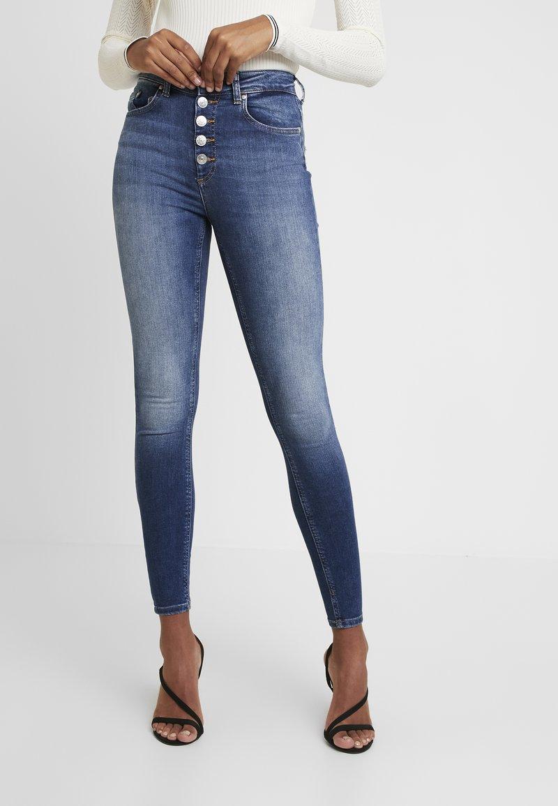 ONLY - ONLBLUSH BUTTON ANKLE - Jeans Skinny Fit - dark-blue denim