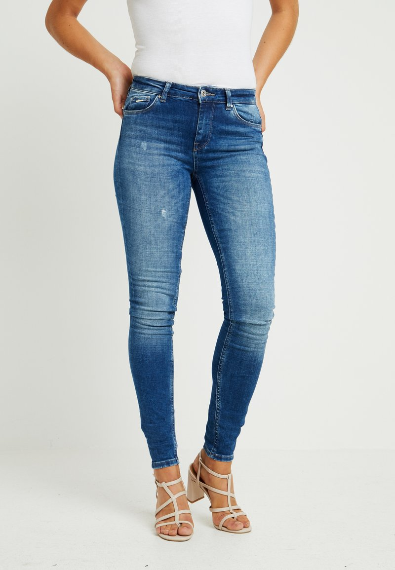 ONLY - ONLCARMEN - Jeans Skinny Fit - dark blue denim