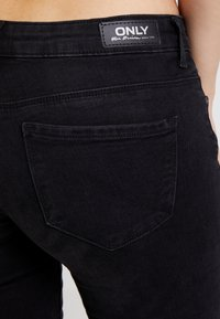 ONLY - ONLFCORAL - Jeans Skinny Fit - black denim - 5