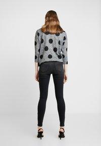 ONLY - ONLGOSH - Jeans Skinny Fit - black denim - 2