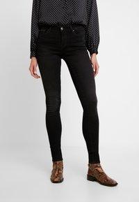 ONLY - ONLSHAPE - Jeans Skinny Fit - black denim - 0