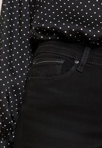 ONLY - ONLSHAPE - Jeans Skinny Fit - black denim - 5
