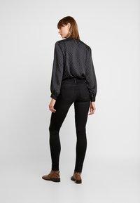 ONLY - ONLSHAPE - Jeans Skinny Fit - black denim - 2
