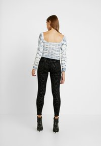 ONLY - ONLBLUSH - Jeans Skinny Fit - black - 2