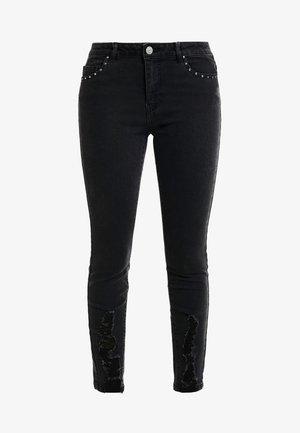 ONLCARMEN - Slim fit jeans - black denim