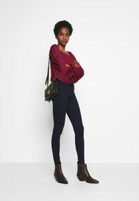 ONLY - ONLHELLA - Jeans Skinny - dark blue denim - 1
