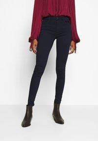 ONLY - ONLHELLA - Jeans Skinny - dark blue denim - 0