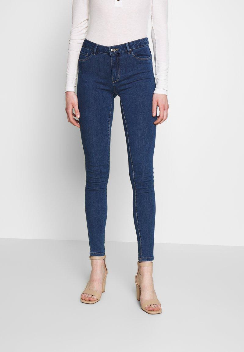 ONLY - ONLHELLA - Jeans Skinny Fit - medium blue denim