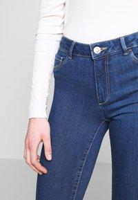 ONLY - ONLHELLA - Jeans Skinny Fit - medium blue denim - 5