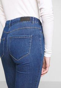 ONLY - ONLHELLA - Jeans Skinny Fit - medium blue denim - 3