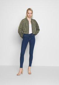 ONLY - ONLHELLA - Jeans Skinny Fit - medium blue denim - 1