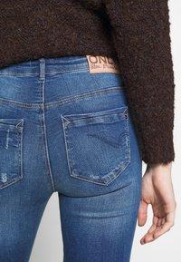 ONLY - ONLFPAOLA DESTROY - Jeans Skinny Fit - medium blue denim - 5