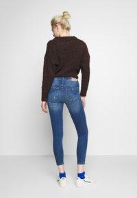 ONLY - ONLFPAOLA DESTROY - Jeans Skinny Fit - medium blue denim - 2