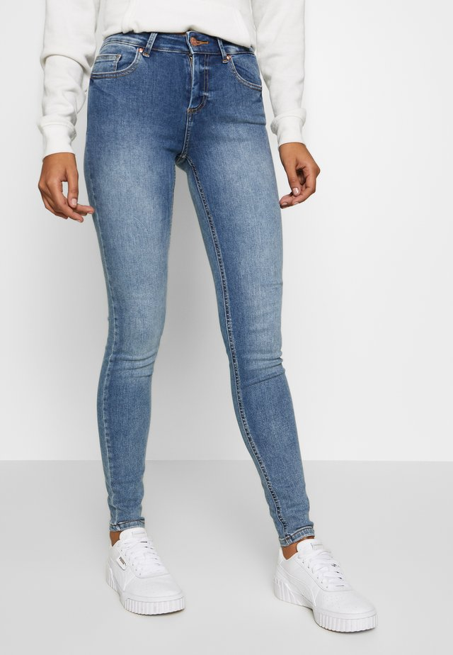 ONLBLUSH MID - Jeans Skinny Fit - light blue denim