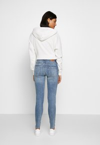 ONLY - ONLBLUSH MID - Jeans Skinny Fit - light blue denim - 2
