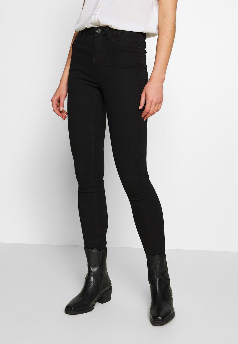ONLY - ONLPAIGE PUSH UP  - Skinny džíny - black