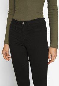 ONLY - ONLMIRINDA BASIC PANT - Skinny džíny - black - 4