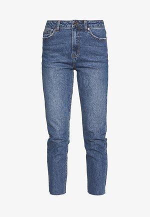 ONLEMILY RAW ANKLE - Jeans slim fit - dark blue denim