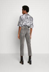 ONLY - ONLERIN - Straight leg jeans - medium grey denim - 2