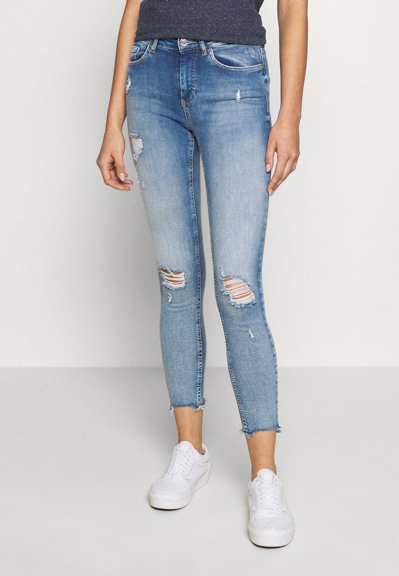 ONLY - ONLBLUSH MID DETROY - Jeans Skinny Fit - light blue denim