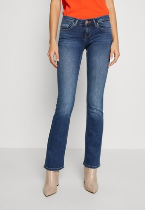 ONLCORAL SWEET - Flared Jeans - medium blue denim