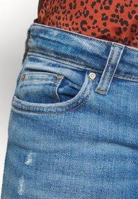 ONLY - ONLCORAL DEST AMOM - Jeans Skinny Fit - medium blue denim - 3
